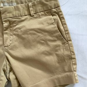 Banana Republic Shorts - Banana Republic Hampton Sateen Khaki Shorts